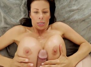 Www hot mom porn com
