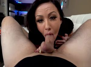 Jennifer gold suck cock