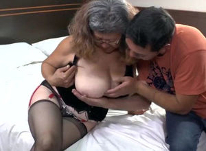 Shaved granny pussy